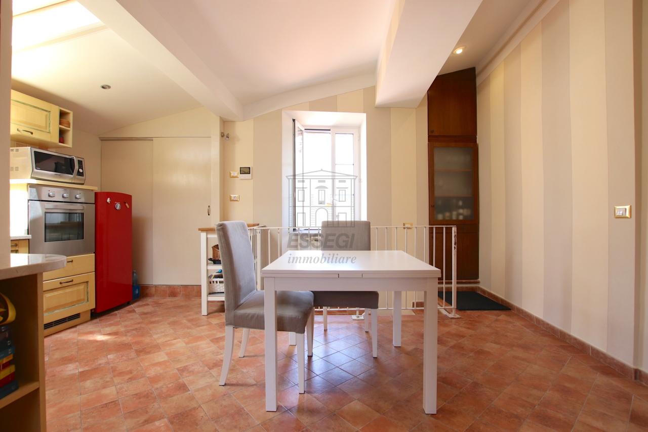 Appartamento Lucca Centro storico IA03545 img 6