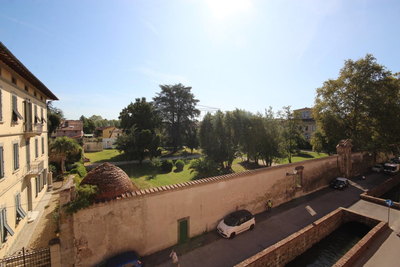 IA01549 Lucca Centro storico