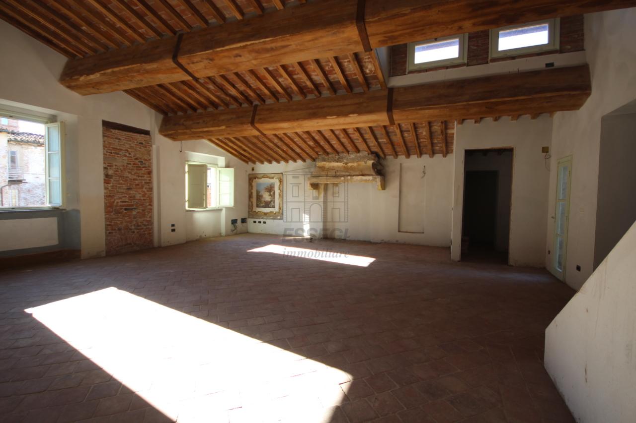 Appartamento Lucca Centro storico IA00409 img 3