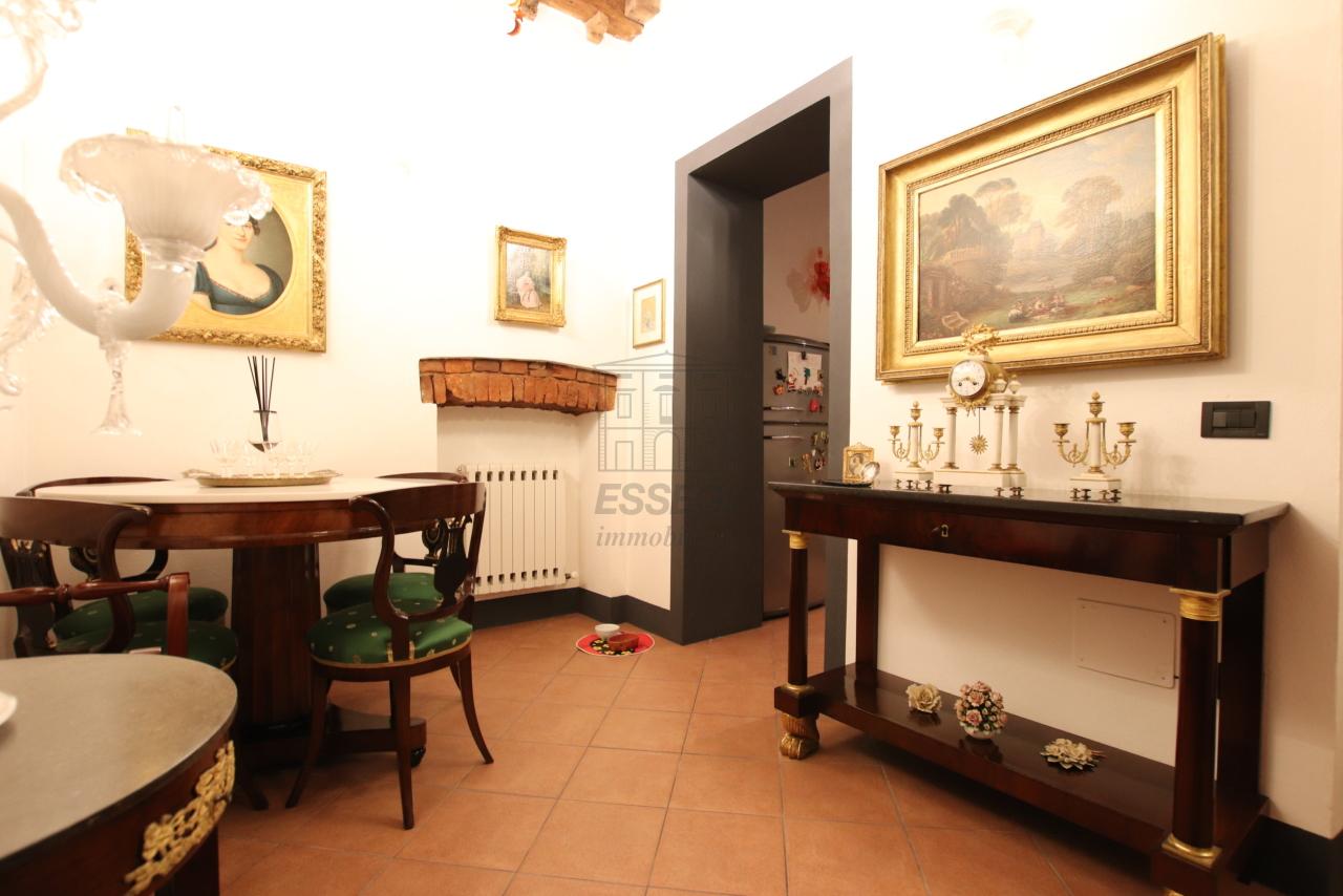 Appartamento Lucca Centro storico IA03524 img 8