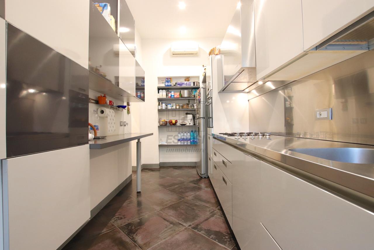 Appartamento Lucca Centro storico IA03474 img 2