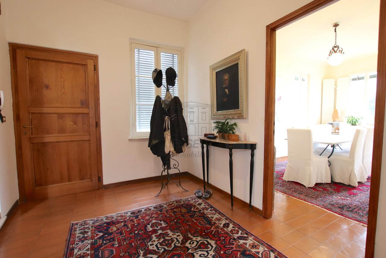 Appartamento Lucca Centro storico IA01181-bis img 3