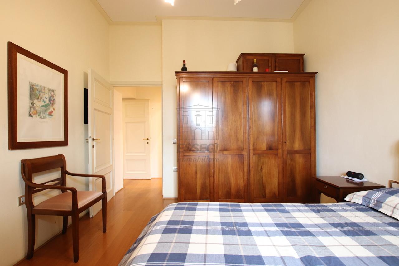 Appartamento Lucca Centro storico IA03474 img 16