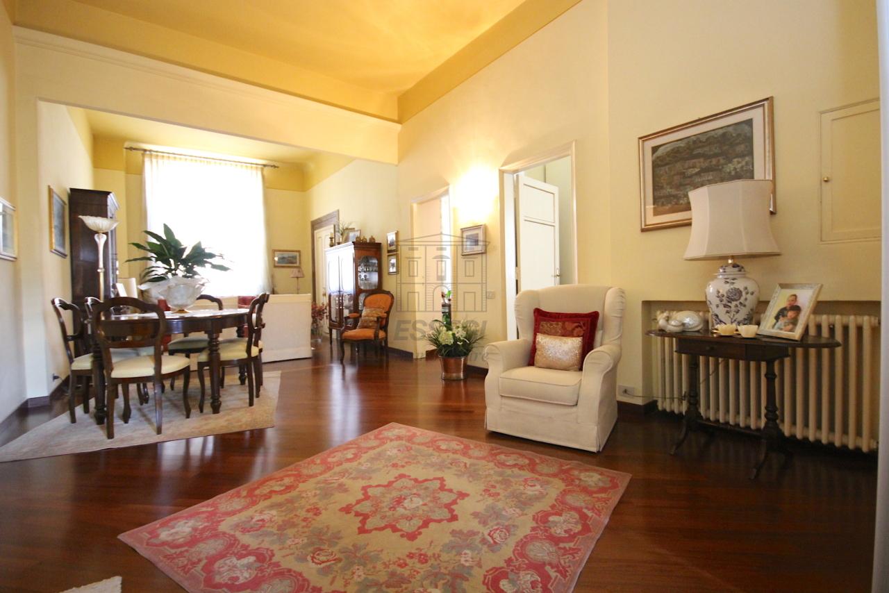 Appartamento Lucca Centro storico IA03415 img 2