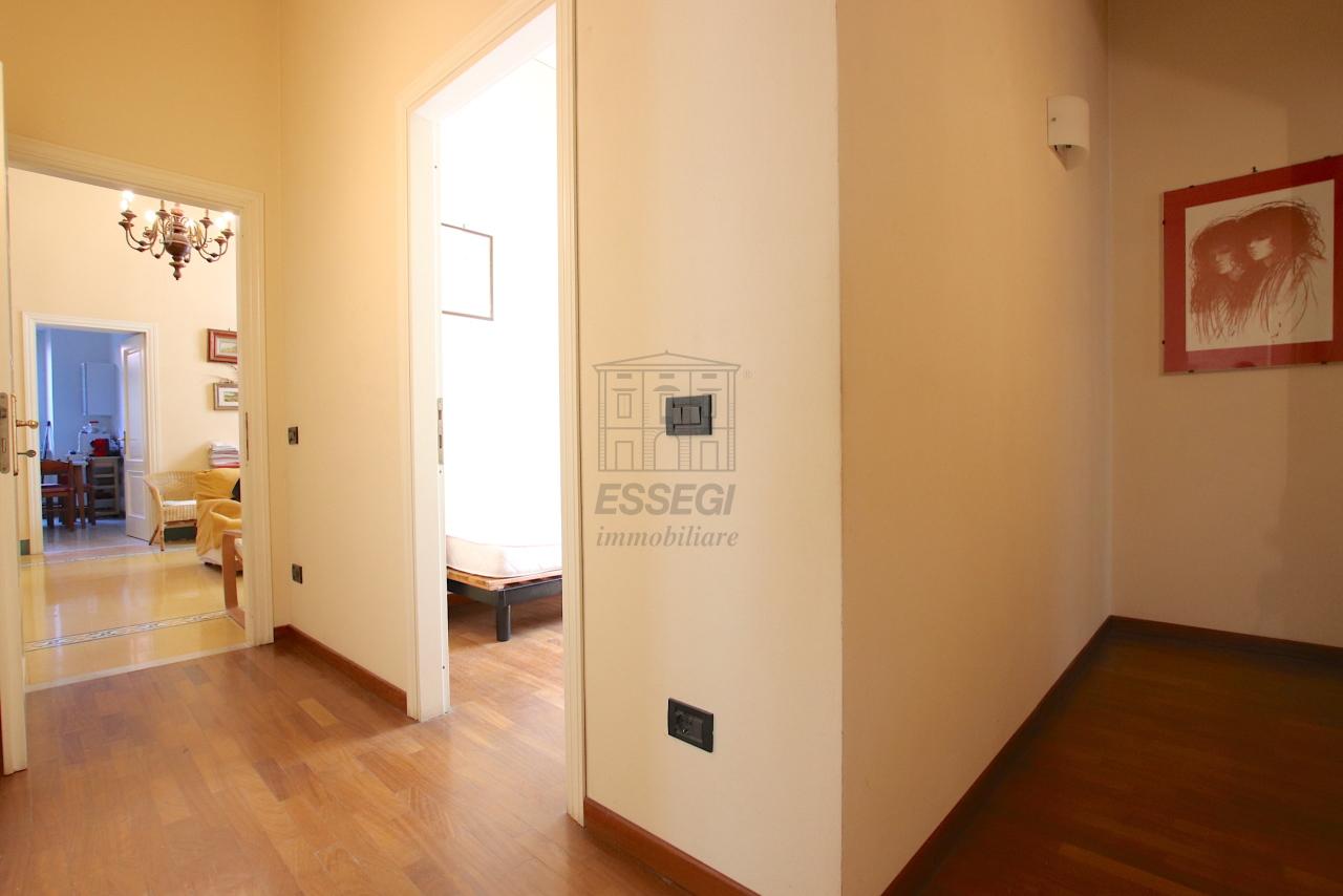 Appartamento Lucca Centro storico IA03526 img 15