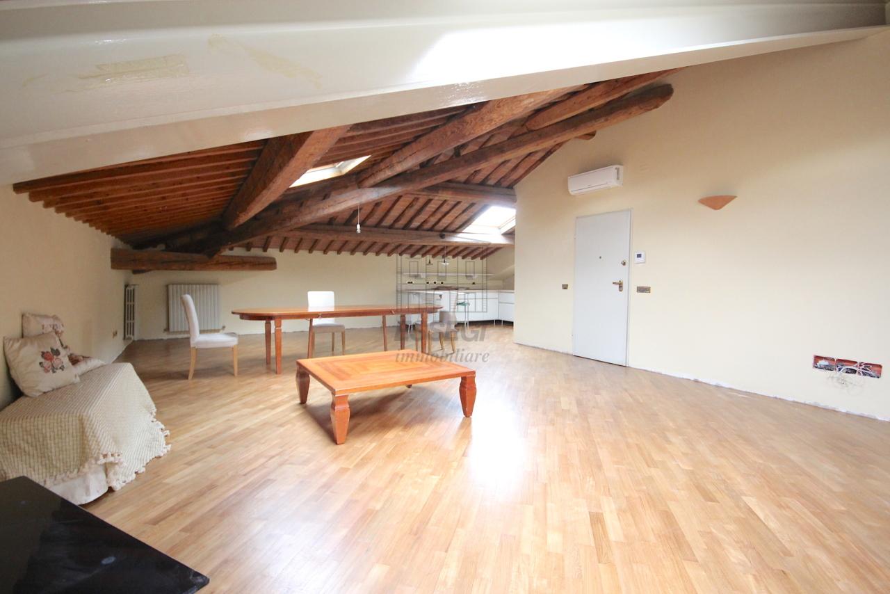 Appartamento Lucca Circonvallazione IA01661 img 31