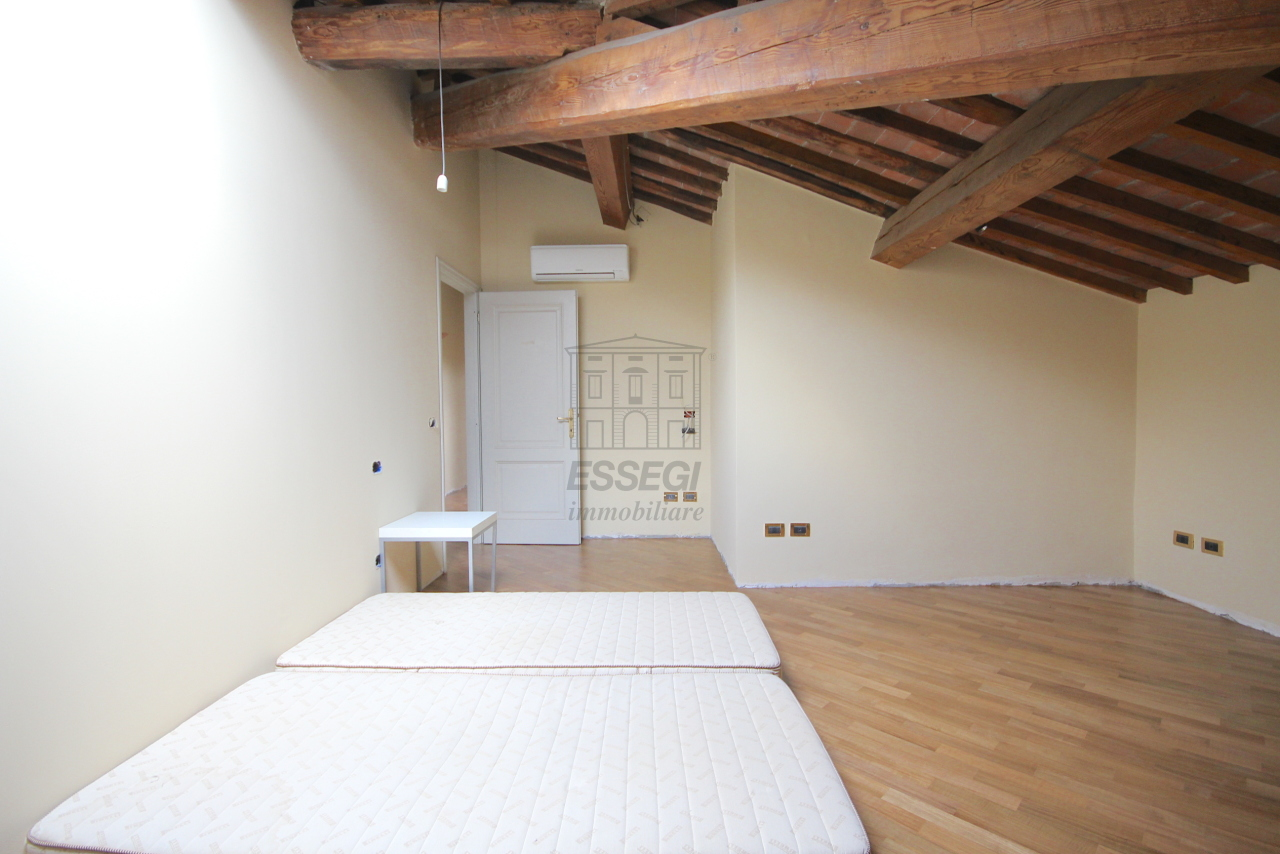 Appartamento Lucca Circonvallazione IA01661 img 32