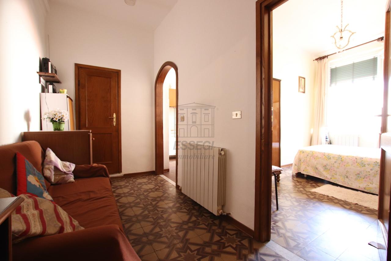 IA02084 Lucca Centro storico