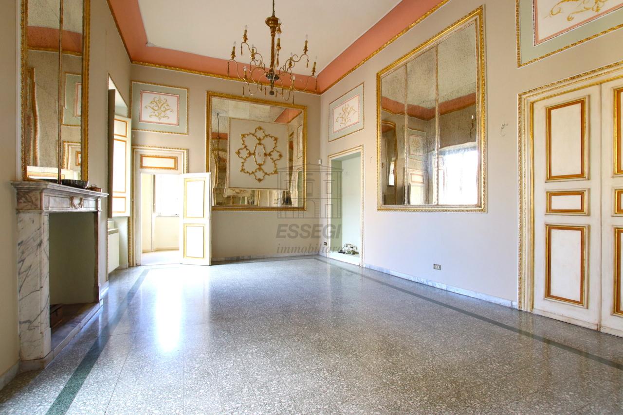 Appartamento Lucca Centro storico IA03468 img 6