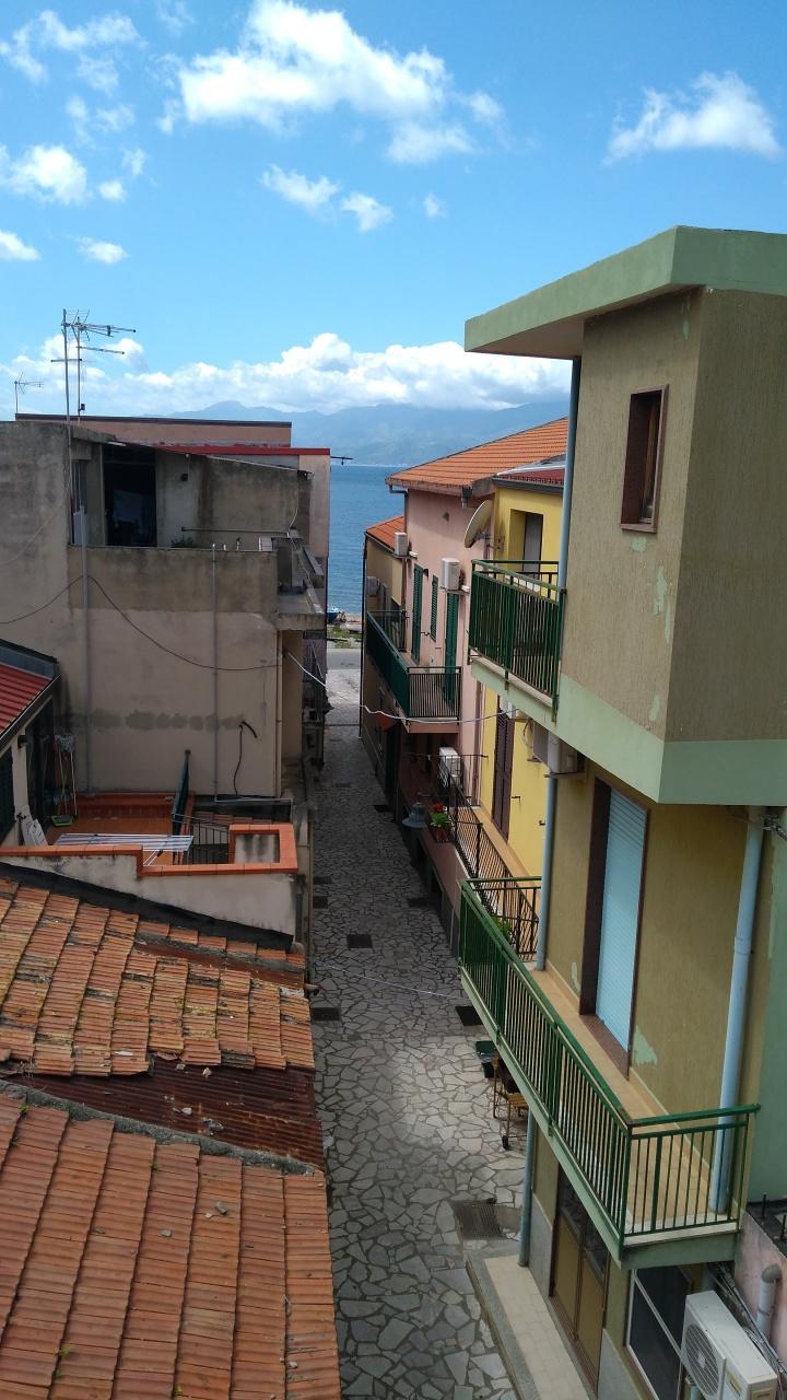 In Vendita a Reggio Calabria Soluzione Semindipendente
