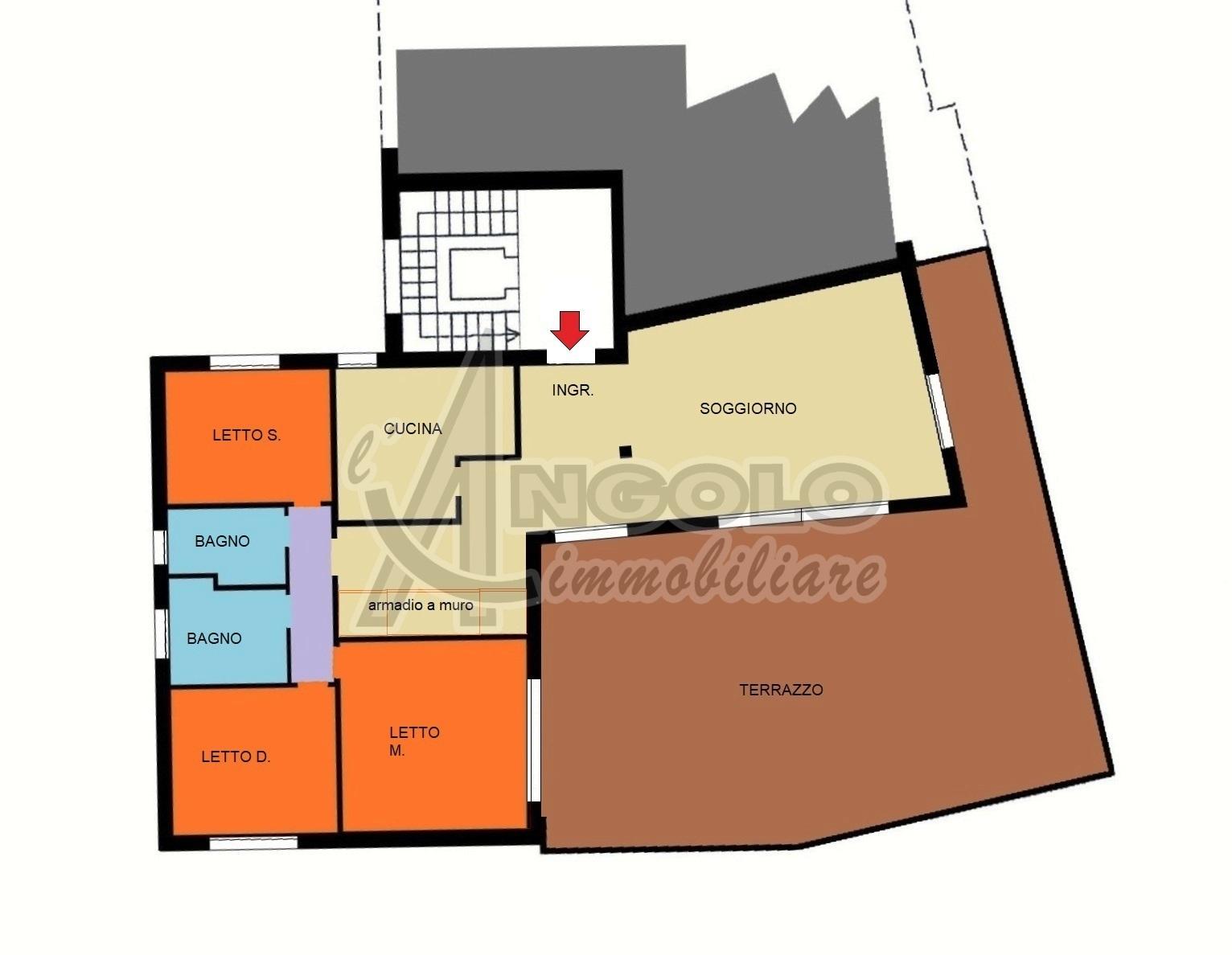 Armadio A Muro Rovigo.Codice Roa893 Appartamenti Attico Ultimo Piano In Vendita A