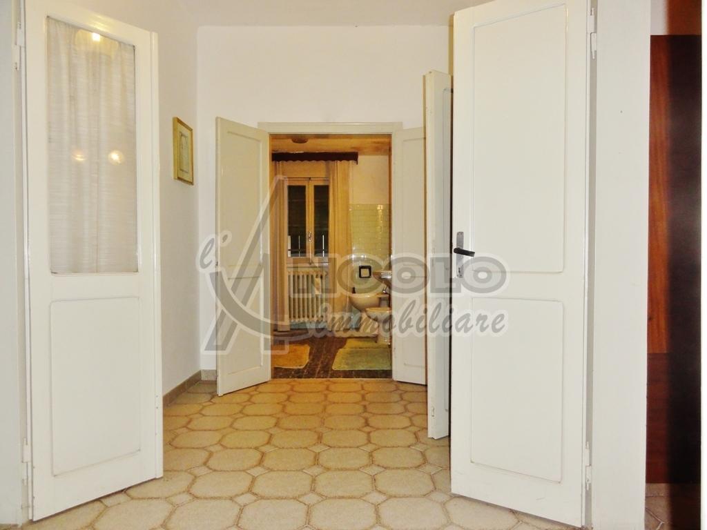 Casa Indipendente in discrete condizioni in vendita Rif. 9135666