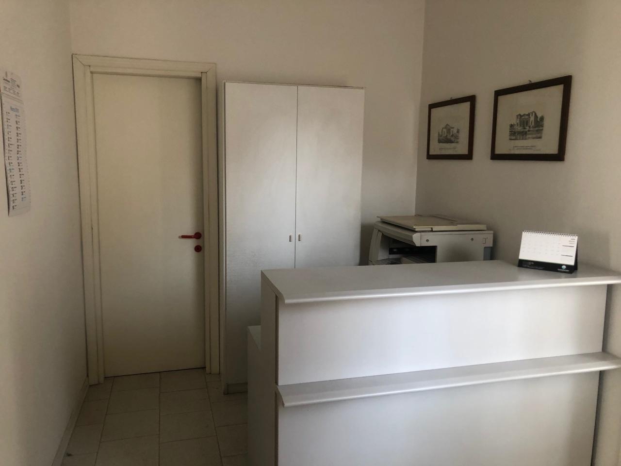 Ufficio / Studio in affitto a Lonigo, 3 locali, prezzo € 400 | CambioCasa.it