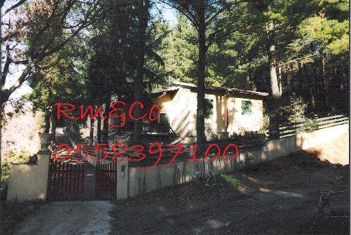 Villa in buone condizioni in vendita Rif. 4137550