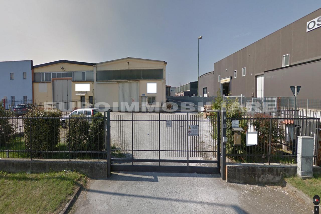 Capannone in affitto a Rodengo-Saiano, 2 locali, prezzo € 2.000 | CambioCasa.it