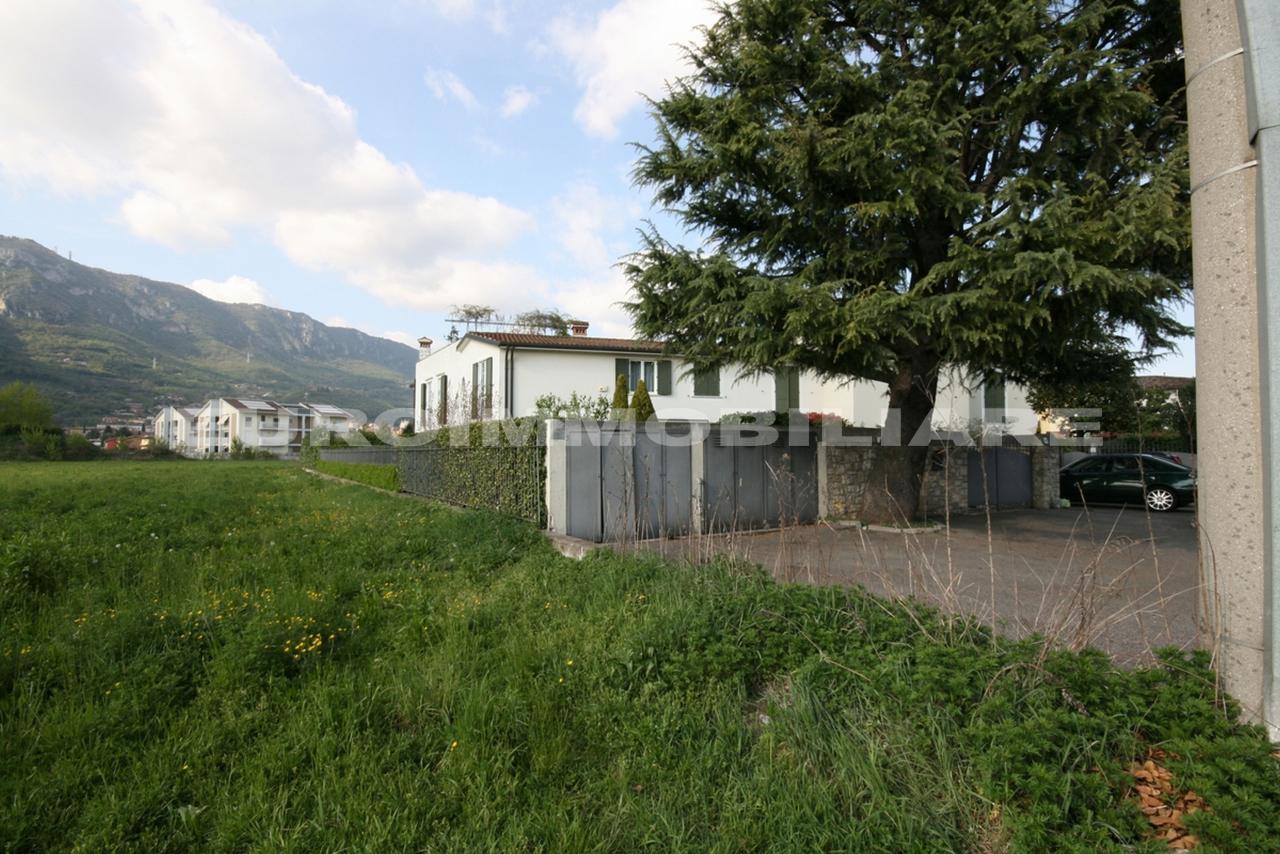 Appartamento in vendita a Botticino, 2 locali, prezzo € 95.000 | CambioCasa.it
