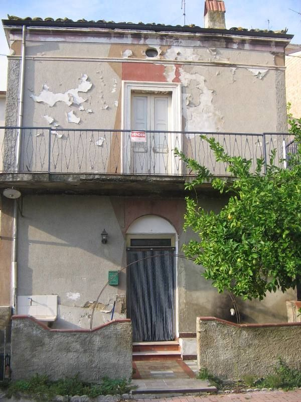 Casa Indipendente in discrete condizioni in vendita Rif. 4151838