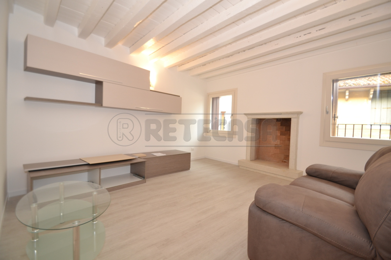 Appartamento - Miniappartamento a CENTRO STORICO, Valdagno