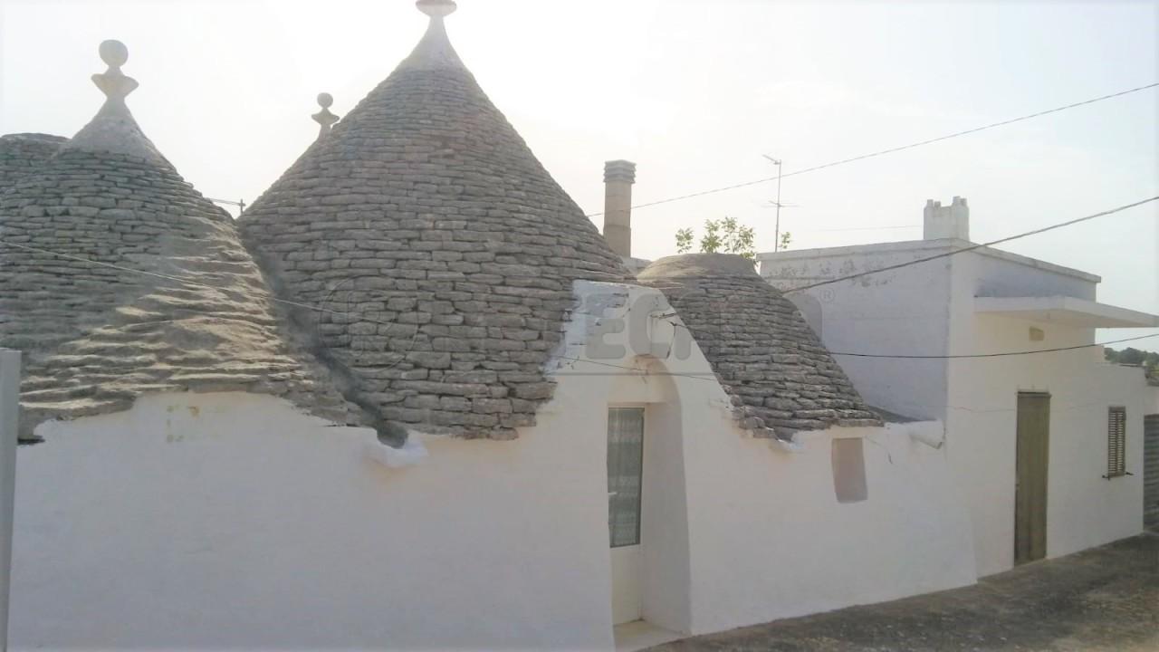 Casa Indipendente in discrete condizioni in vendita Rif. 10436559
