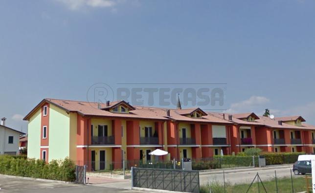 Appartamento da ristrutturare in vendita Rif. 11245329