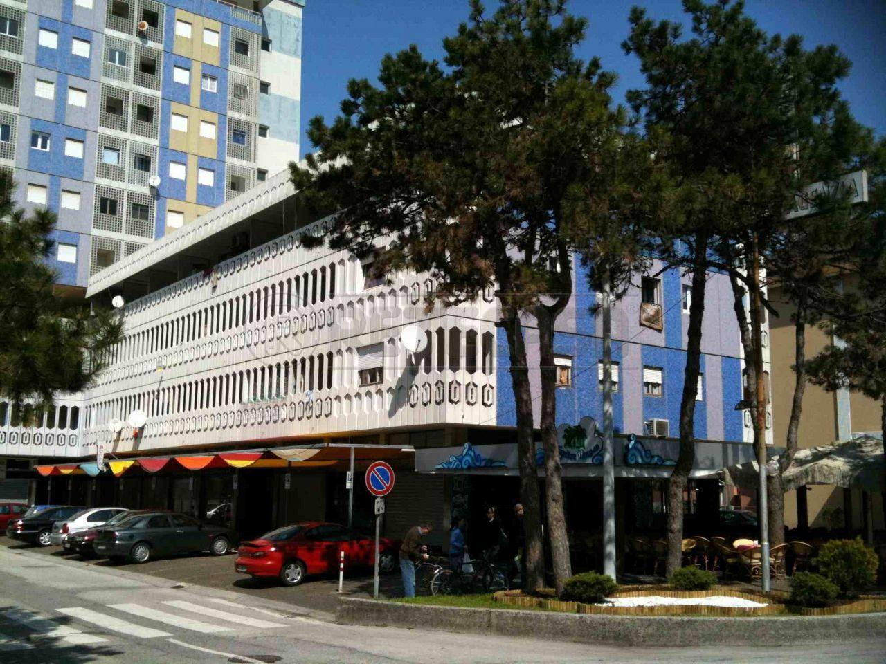 Appartamento in ottime condizioni arredato in vendita Rif. 5517303