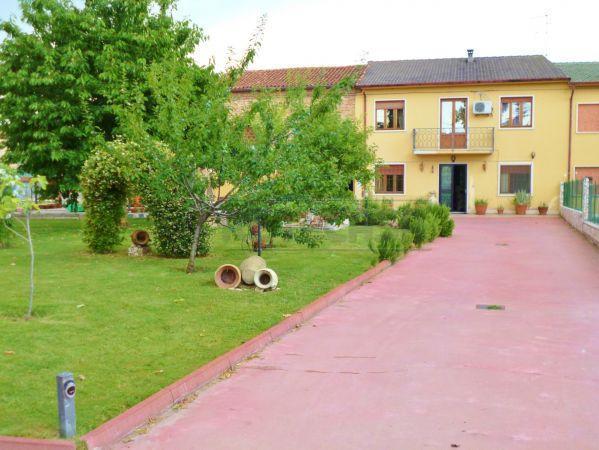 Soluzione Semindipendente in vendita a Cologna Veneta, 9 locali, prezzo € 205.000 | CambioCasa.it