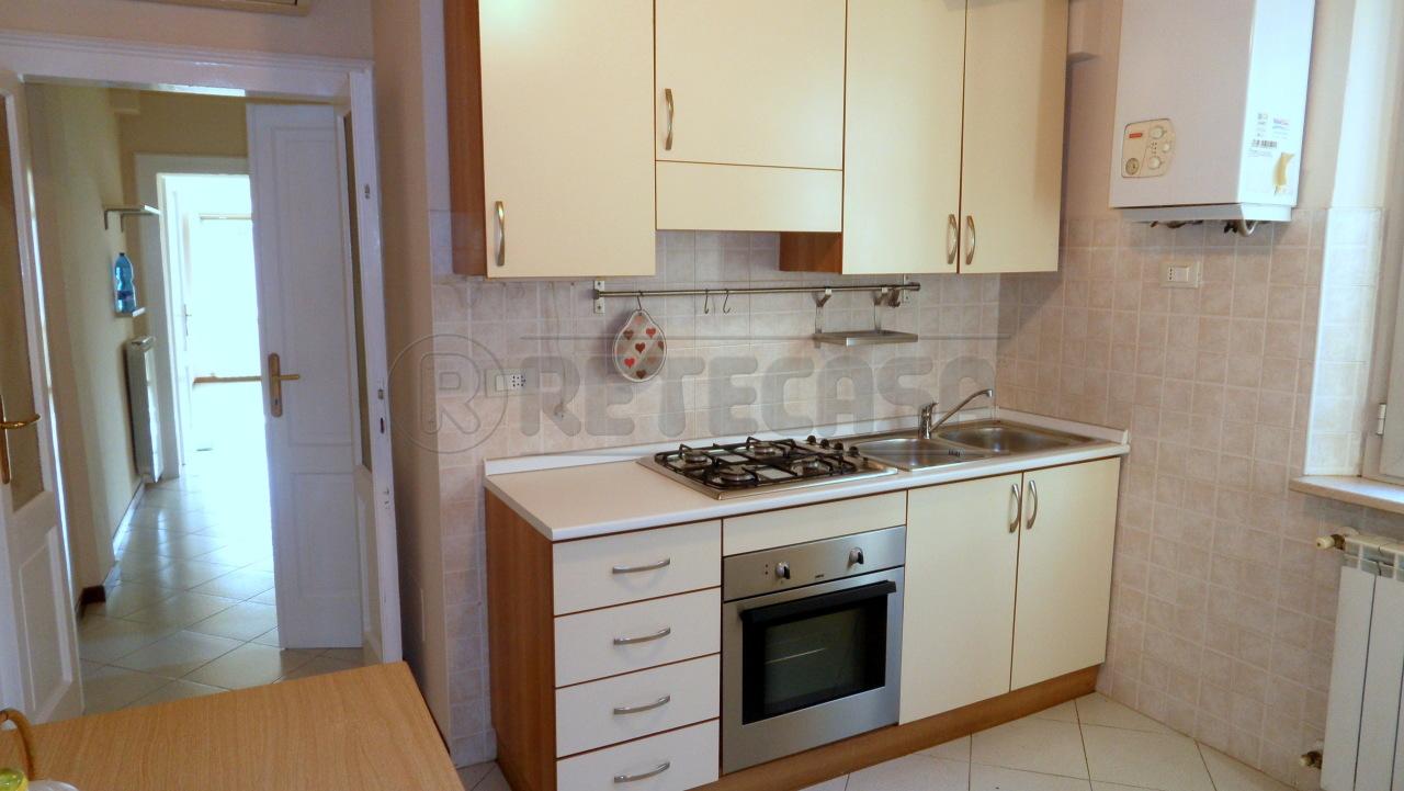 Appartamento in affitto a Mantova, 4 locali, prezzo € 430 | CambioCasa.it
