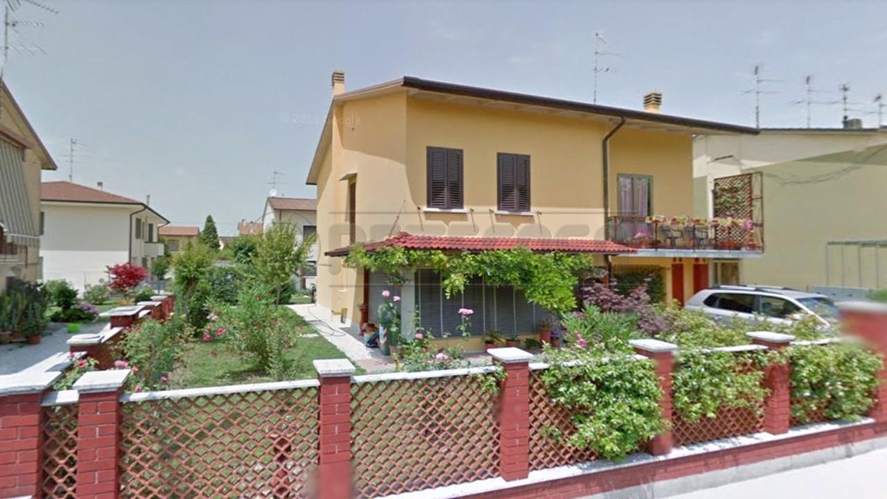 Villetta a schiera in ottime condizioni in vendita Rif. 9268025