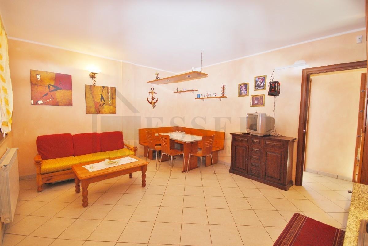 Appartamento in vendita a Pietrasanta, 4 locali, prezzo € 295.000 | PortaleAgenzieImmobiliari.it