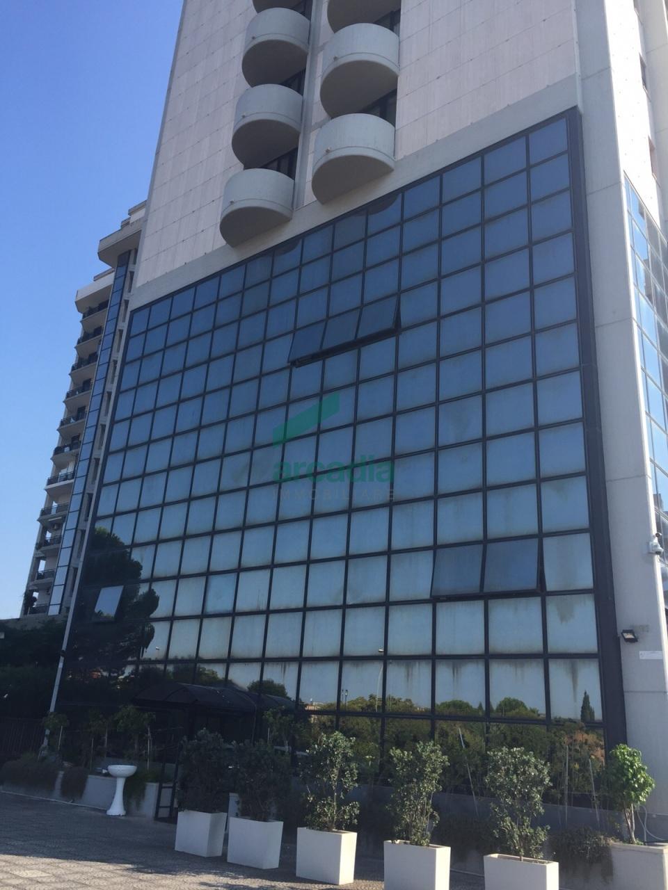 Ufficio - oltre pentalocale a Poggiofranco, Bari Rif. 10459006