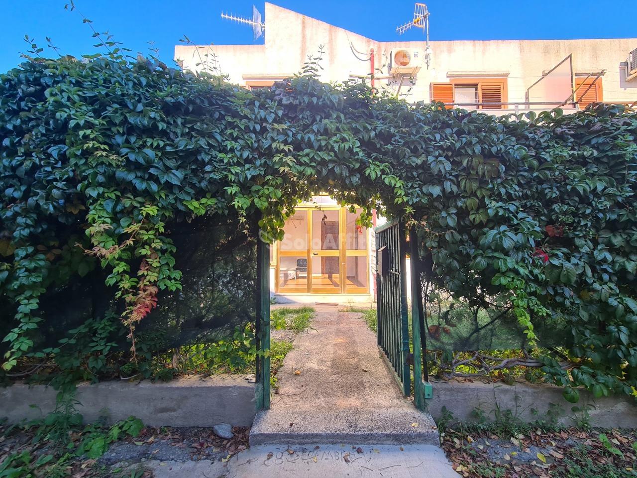 Casa indipendente in affitto a Simeri Crichi (CZ)