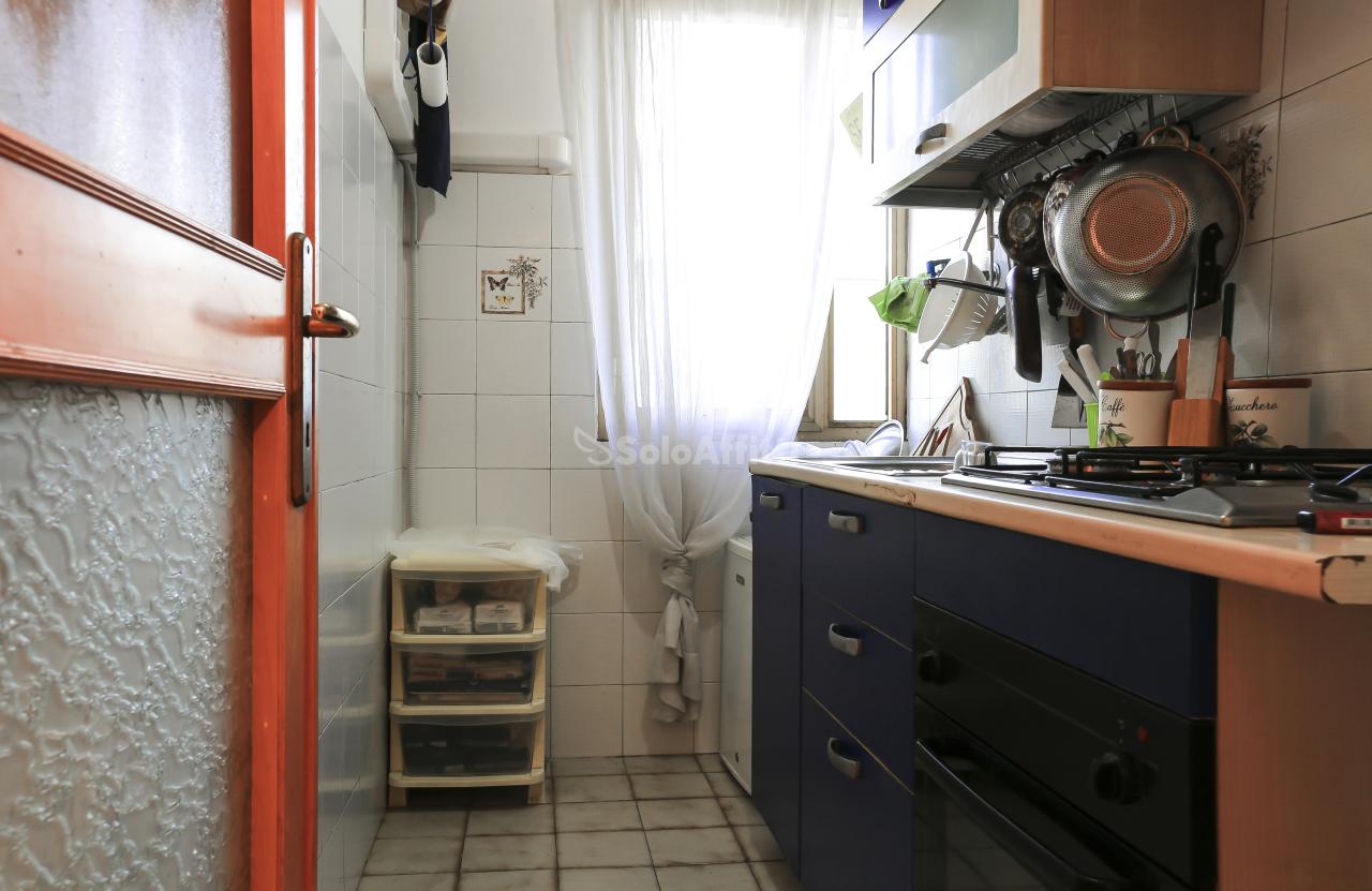 Bilocale da ristrutturare arredato in affitto Rif. 8844159