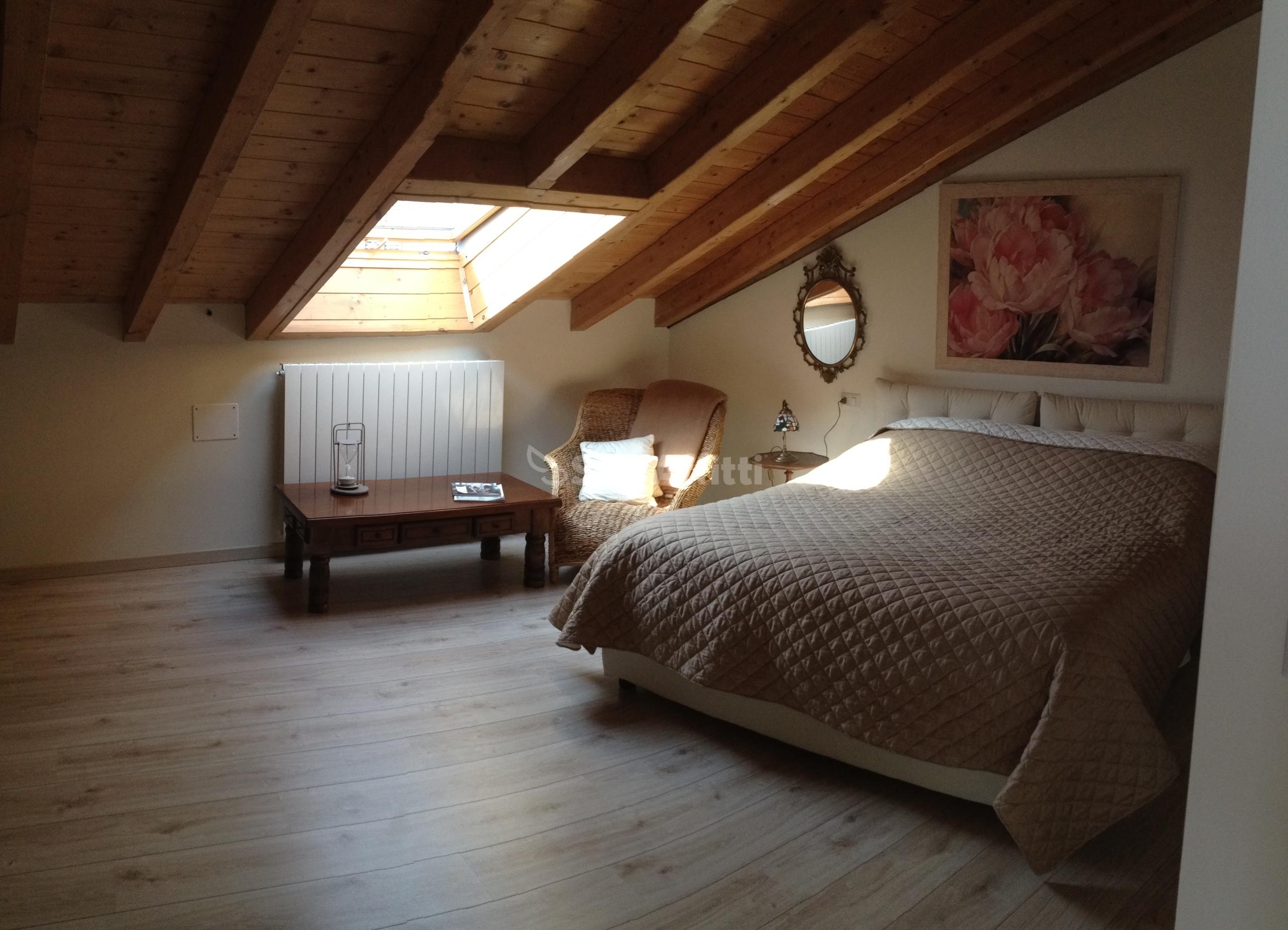 Affitto appartamento bilocale arredato 65 mq for Affitto cassano magnago bilocale arredato