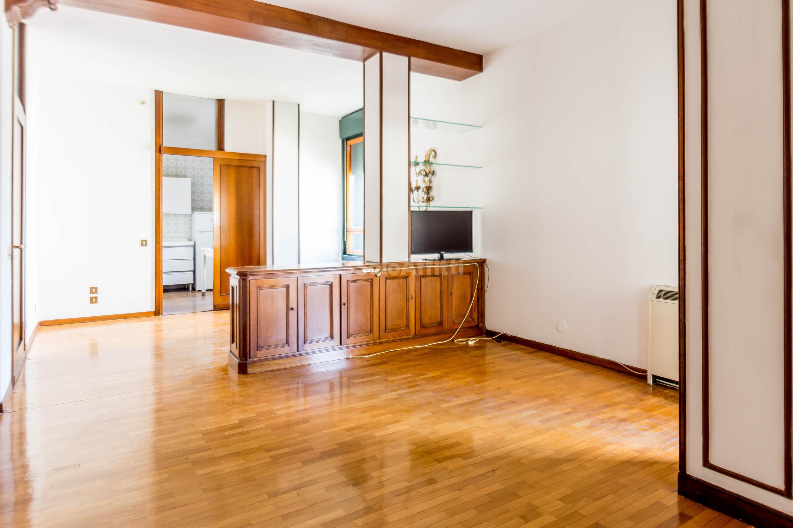 Appartamento Trilocale 6 vani 117 mq.