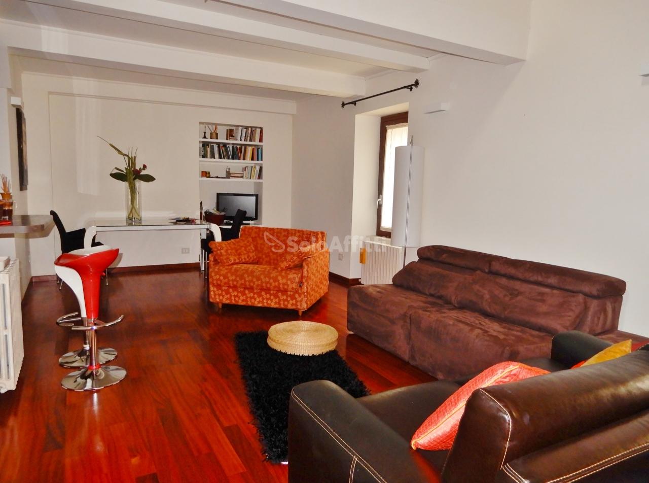 Appartamento - Quadrilocale a Centro storico, Catanzaro