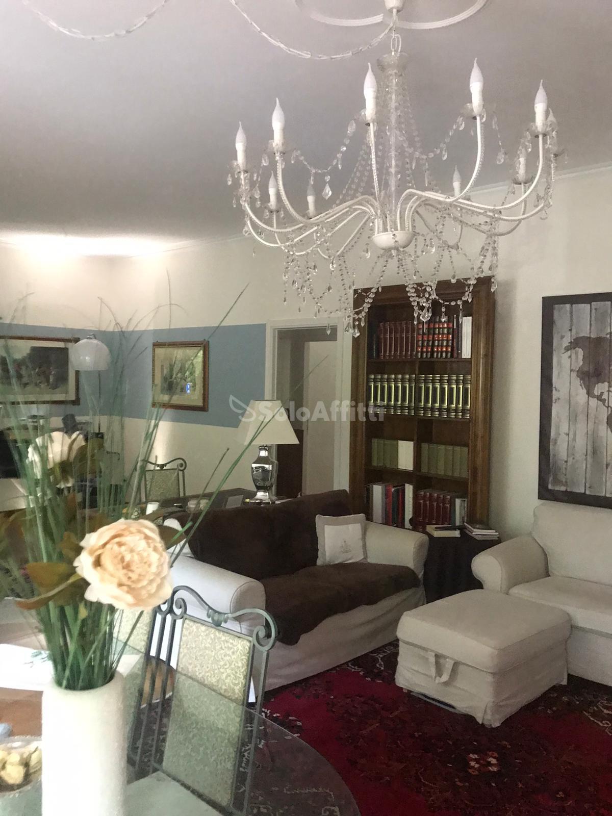 SoloAffittiParma1,appartamento tre camere cittadel