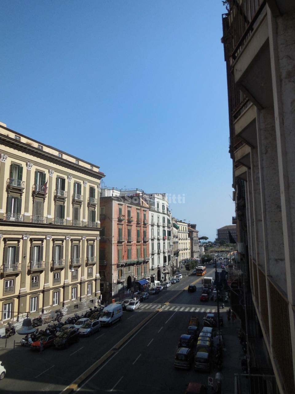 Ufficio - 1 locale a Via Medina - De Pretis, Napoli Rif. 10339252