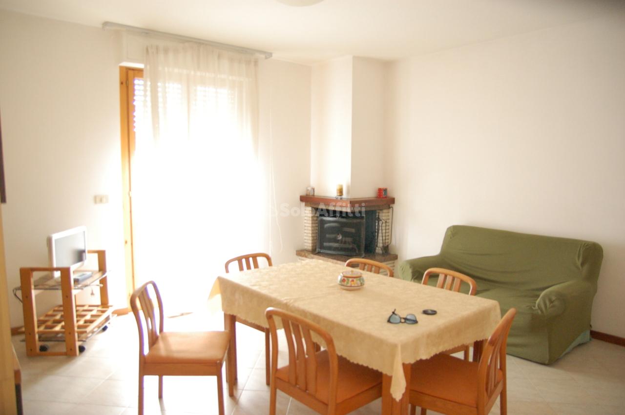 Appartamento in affitto a Marsciano, 4 locali, prezzo € 500   CambioCasa.it