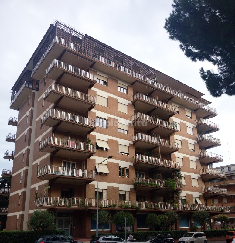 Appartamento Quadrilocale 7 vani 136 mq.