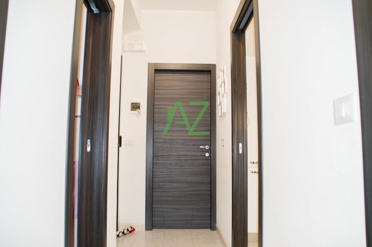 Appartamento in ottime condizioni in vendita Rif. 9992456