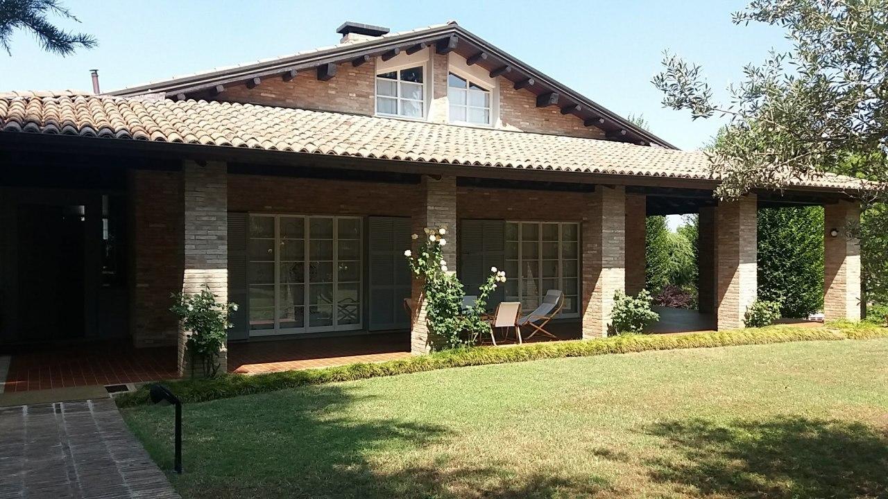 Villa in ottime condizioni in vendita Rif. 10735010