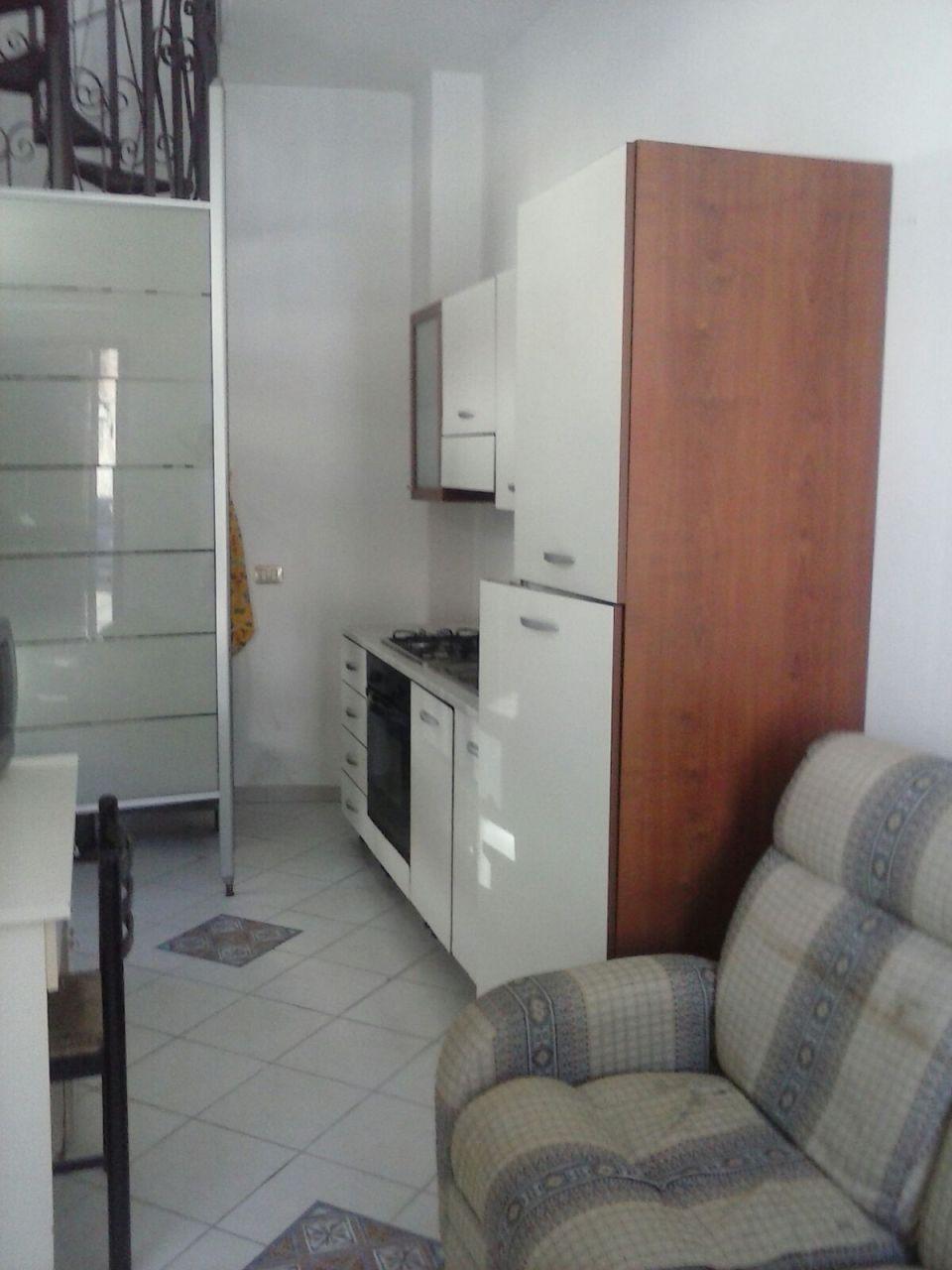 Bilocale arredato in affitto Rif. 6678862