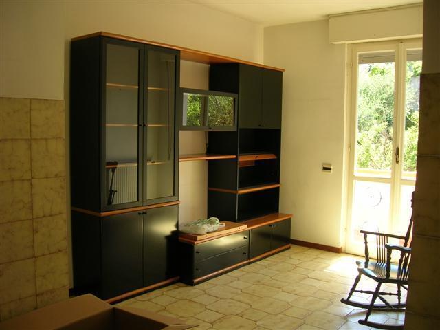 Appartamento da ristrutturare in vendita Rif. 8407279