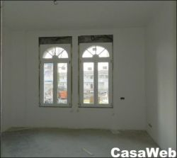 Quadrilocale in Vendita a Venezia, zona Lido, 80 m², con Box