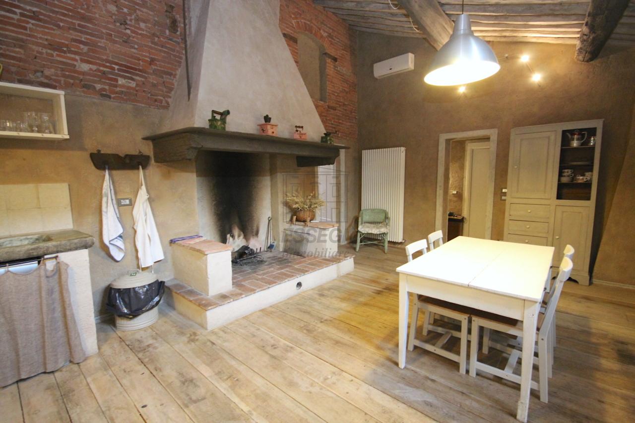 Appartamento Lucca Centro storico IA02850 img 33
