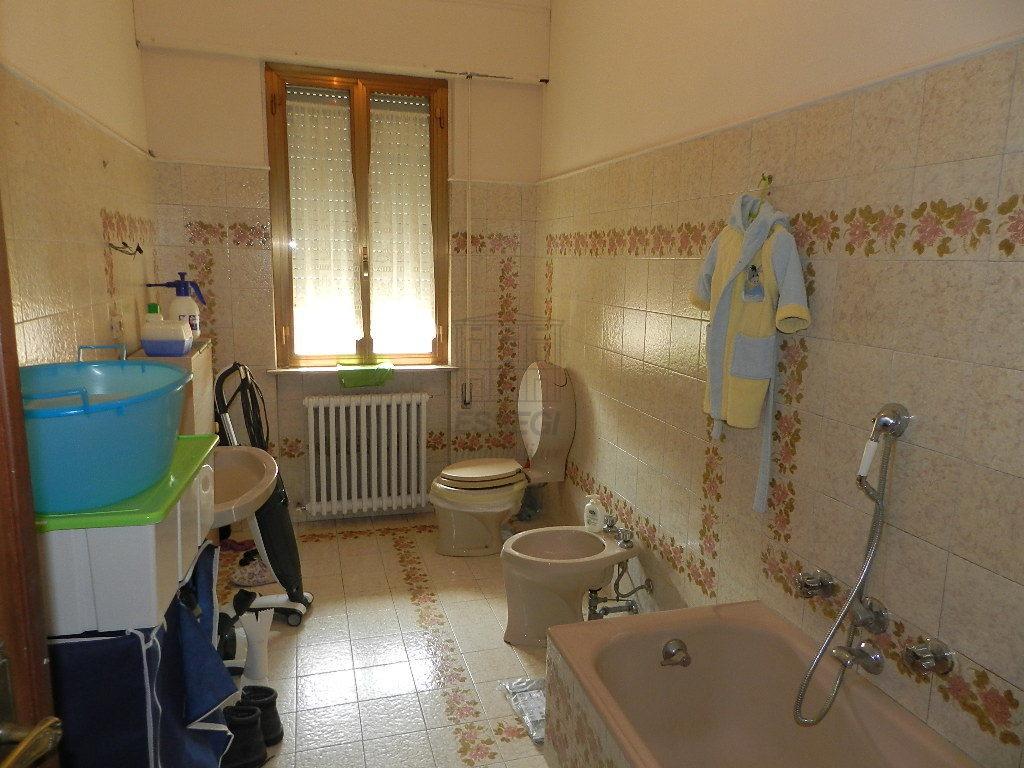 Appartamento Lucca IA03375 img 13