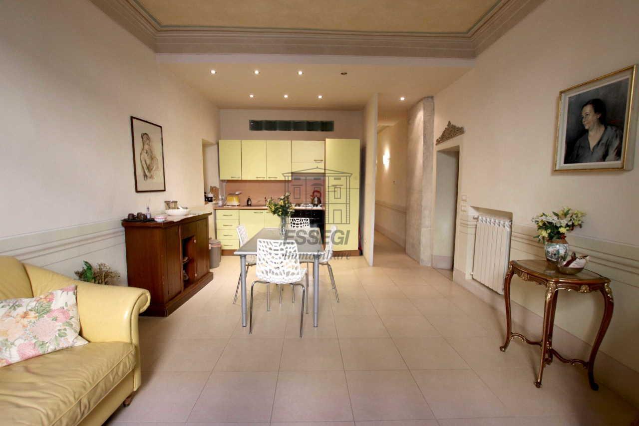Appartamento Lucca Centro storico IA01460 img 6