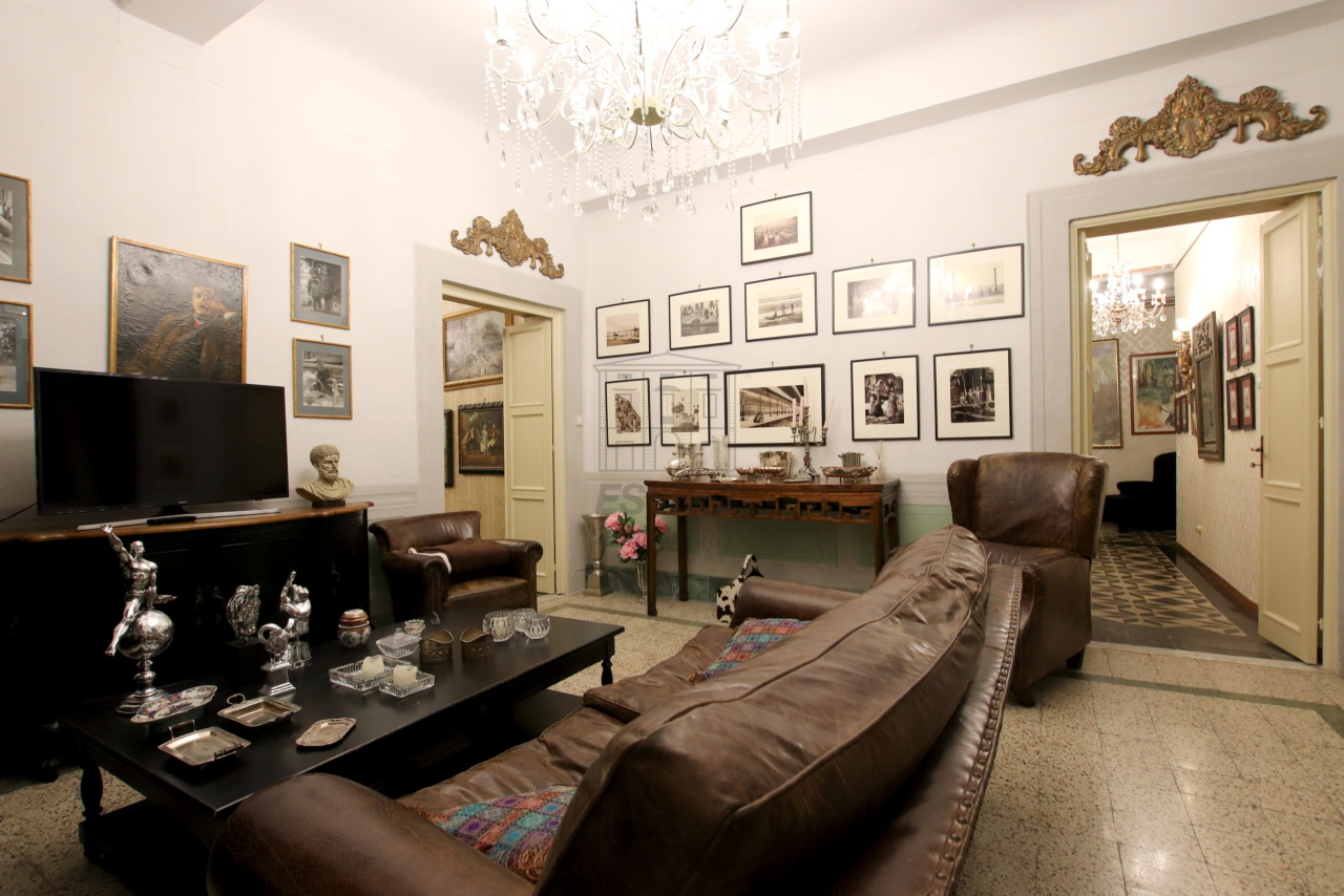 Appartamento Lucca Centro storico IA02975 img 6