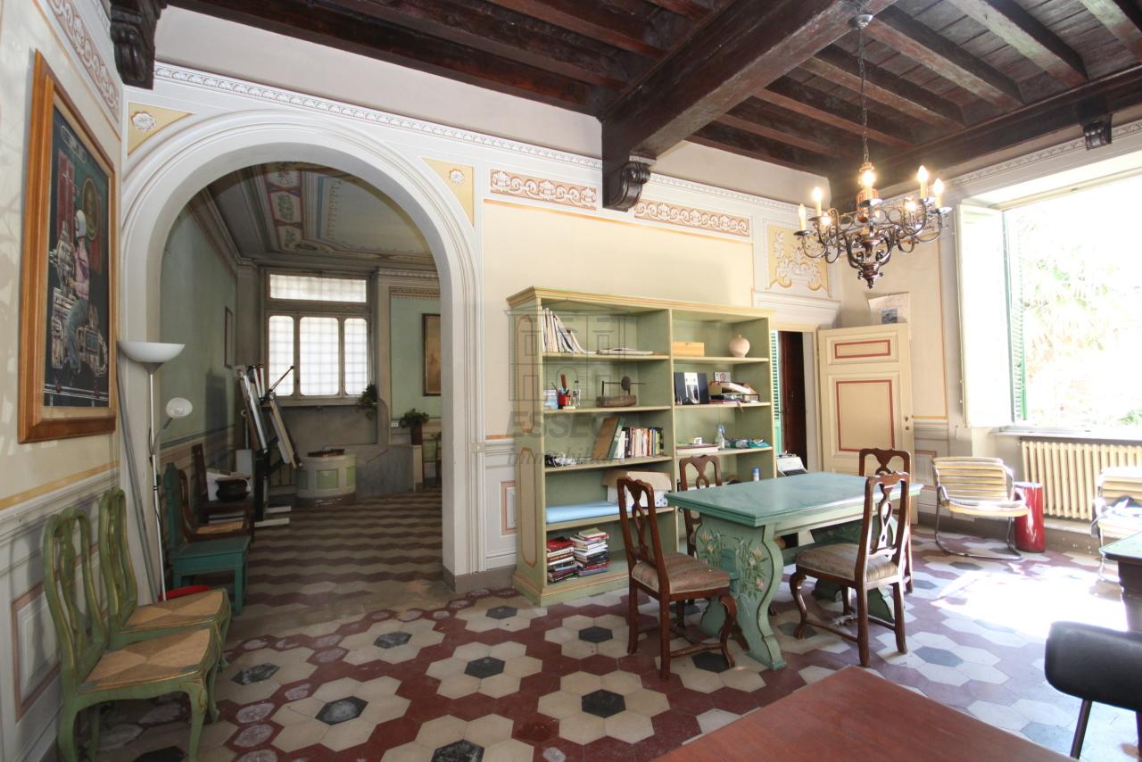 Appartamento Lucca Centro storico IA00538 img 7