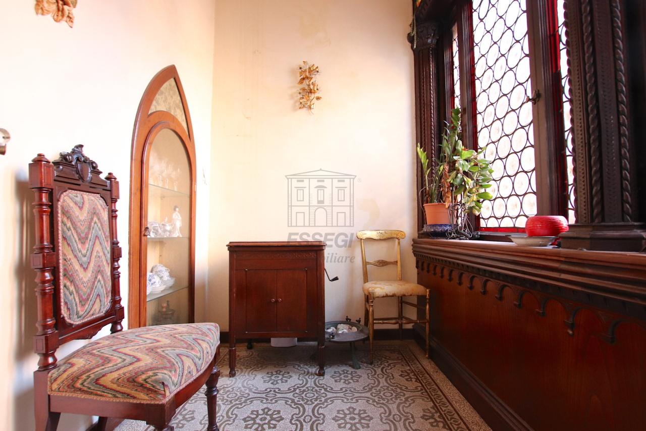 Appartamento Lucca Centro storico IA00362 img 11